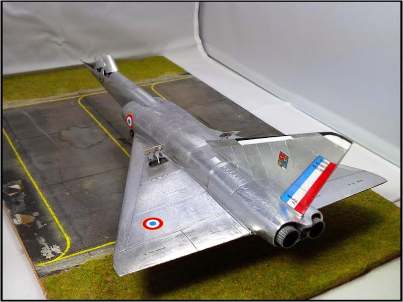 GAMD Mirage IV B. Un gros mirage IV, en scratch et au 72 IMG_20141007_200149