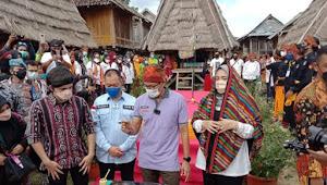 Kemenparekraf Sandiaga Uno Berkunjung Di Uma Lengge Desa Wisata Kecamatan Wawo
