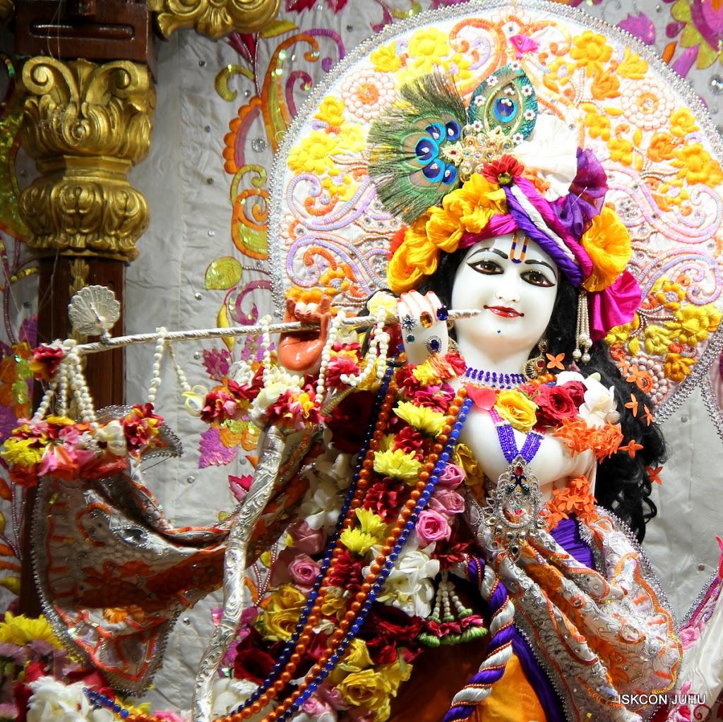 ISKCON Juhu Sringar Deity Darshan on 11th Aug 2016 (5)