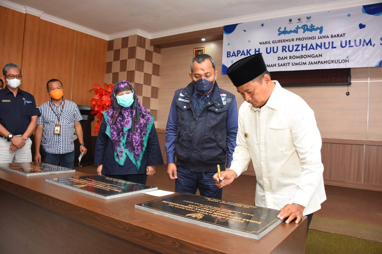 Uu Ruzhanul Resmikan Gedung Rawat Jalan RSUD Jampang Kulon