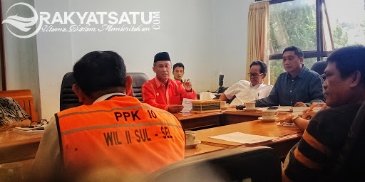 Di Depan Pihak Balai, Warga To'kaluku : Dimana Hati Nuranimu..!!
