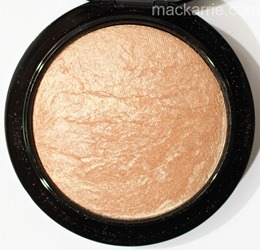 c_SoftGentleMineralizeSkinfinishMAC1