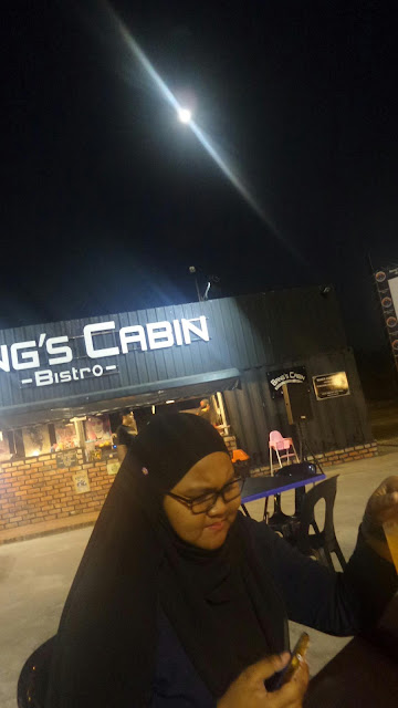 MAKAN DI BANG'S CAFE