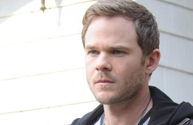 Aaron Ashmore  Net Worth, Income, Salary, Earnings, Biography, How much money make?