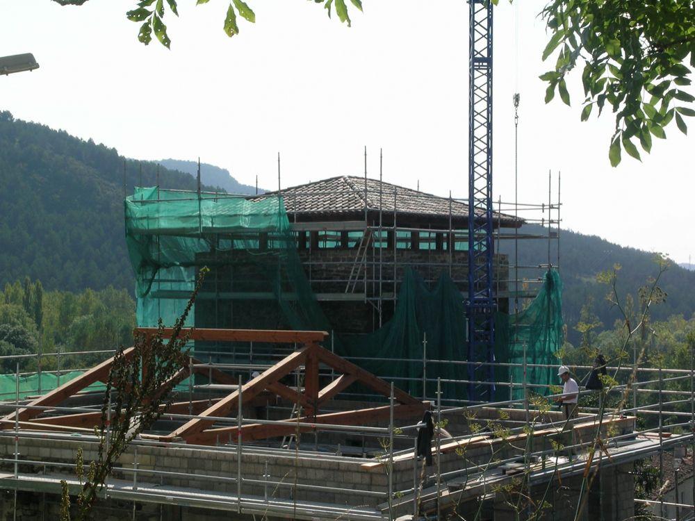 Reconstruccion Torre de Uriz - DSCN7732.jpg