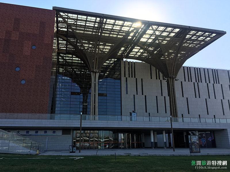 [中國.天津] 天津濱海圖書館:網美拍照打卡 最美現代圖書館