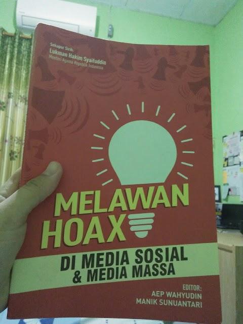 Buku Melawan Hoax di Media Sosial dan Media Massa