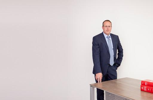 Dr. Markus Moser, Rechtsanwalt, Dr.-Carl-Pfeiffenberger-Straße 12, 6460 Gemeinde Imst, Österreich, Berater, state Tirol