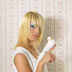 lindo-blonde-hairstyle-225.jpg