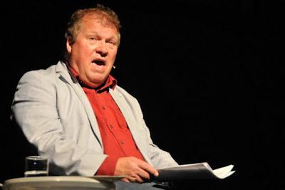 Ein Altmeister des Kabaretts fernab von banaler Comedy: Tomas Freitag