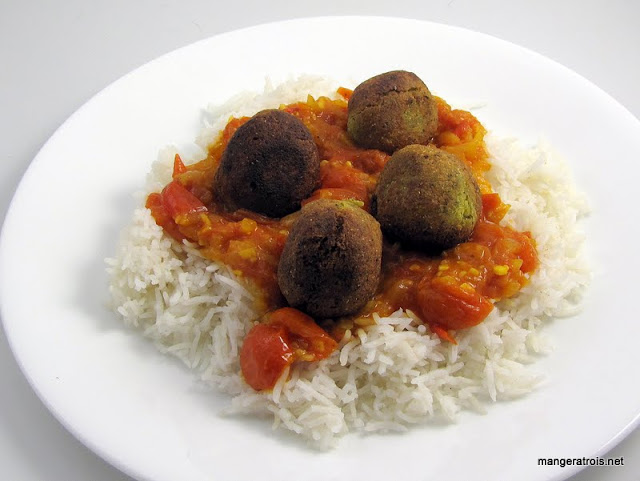 Kofa Balls with Indian Tomato Sauce