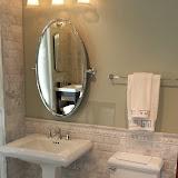 Bathrooms - 20140204_091651.jpg