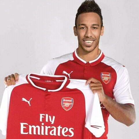 Breaking News :-Aubameyang Completes  £55 Arsenal record move