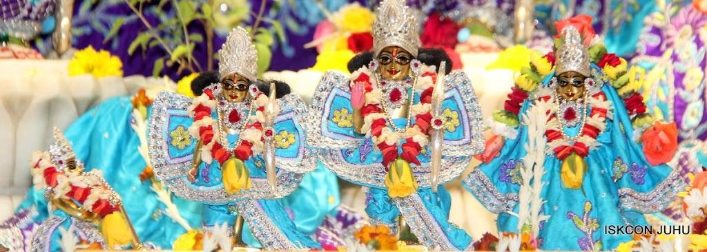ISKCON Juhu Sringar Deity Darshan 17 Aug 2016 (30)