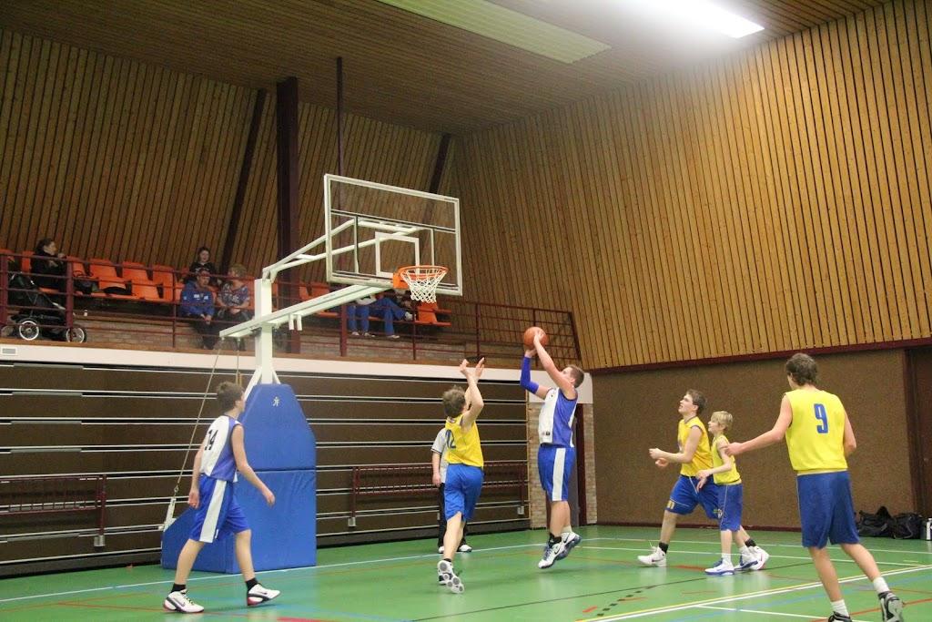 U16 wedstrijd 12 maart 2011 - IMG_2312.JPG