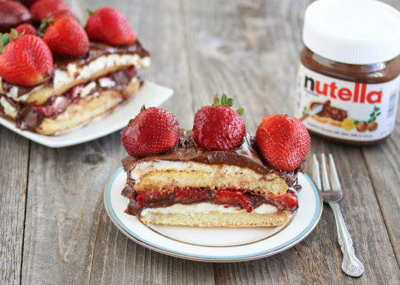 No Bake strawberry Nutella tiramisu cake