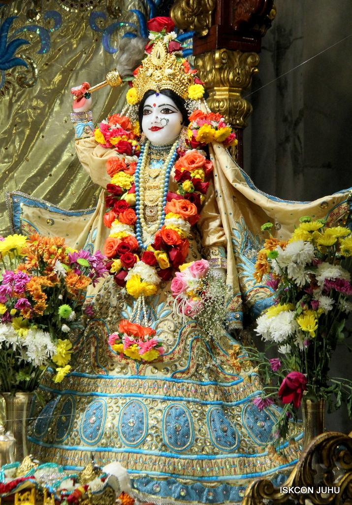 ISKCON Juhu Sringar Deity Darshan on 30th Dec 2016 (10)