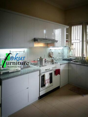 Kitchen set di permata timur kalimalang furniture for Laci kitchen set