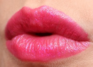 PinkYouThinkLipstickMAC13