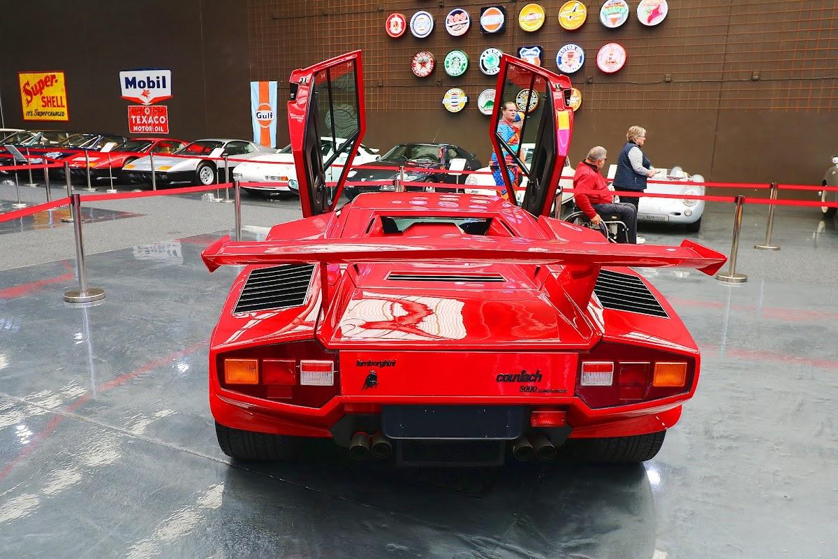 Lamborghini Countach (29).jpg