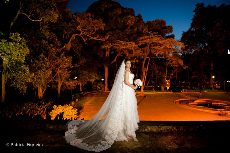 Foto de casamento 0754 de Priscila e Felipe. Marcações: 05/11/2011, Casamento Priscila e Luis Felipe, Fotos de Vestido, Glorinha Pires Rebelo, Rio de Janeiro, Vestido, Vestido de Noiva.