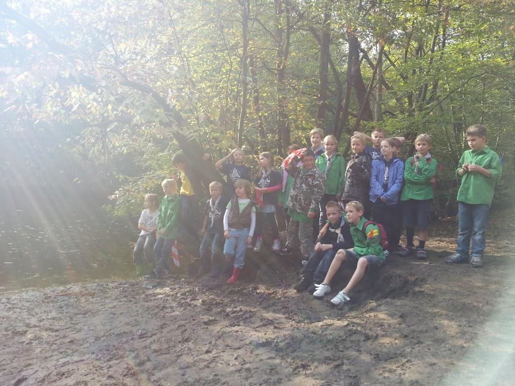 Welpen - Staartentikkertje in bos - 20111001_110326.jpg