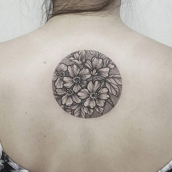 esta_circular_design_floral