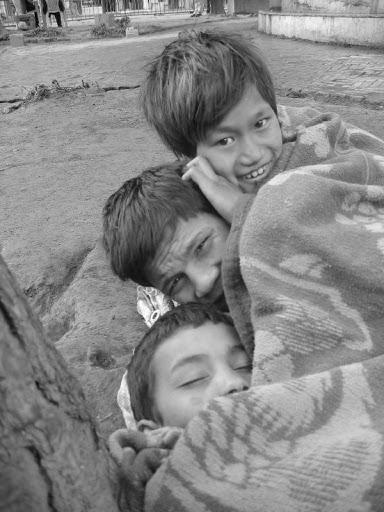 Enfants dans les rues de Katmandou