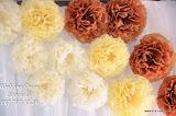 Оформление цветами и тканью