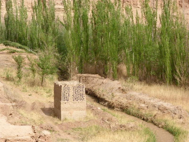 XINJIANG.  Turpan. Ancient city of Jiaohe, Flaming Mountains, Karez, Bezelik Thousand Budda caves - P1270902.JPG