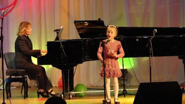 "V Regionaalne   konkurss-festival ""Noor vokalist  2012"" - DSC01589.JPG"