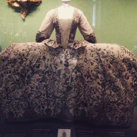 A wide skirt dress on display at the V&A, The design is from the 19th century