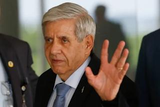 General  Heleno fala demais em depoimento e complica Bolsonaro e a Abin