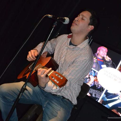 Martin Quiroz Photo 22