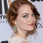 emma-stone-wavy-updo-sophisticated-red.jpg