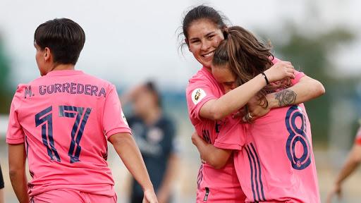 UN FANTÁSTICO REAL MADRID FEMENINO LOGRA EN CASA LA PRIMERA VICTORIA DE SU HISTORIA.