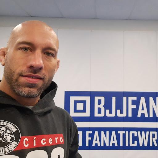 Kyle Sleeman Photo 1