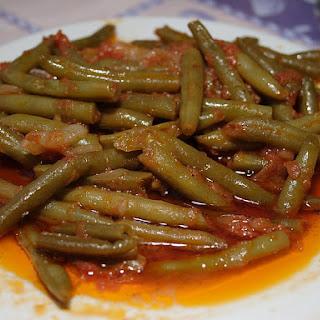(Greek Green Beans in Tomato Sauce) Recipe