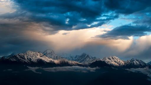 Ganesh Himal at Sunrise, Cholangpati, Langtang, Nepal.jpg
