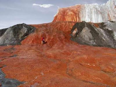 दुनिया के 5 अनोखे झरने | 5 Unique Waterfalls Of The World