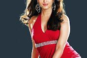 Positif Terinfeksi COVID-19, Aishwarya Rai Dilarikan ke RS Karena Susah Napas