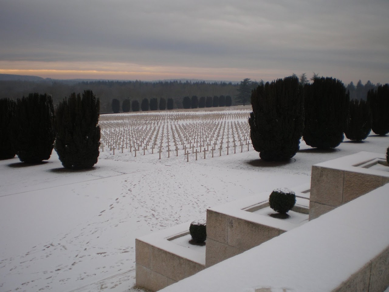 Grabfeld der Franzosen (rund 15'000)