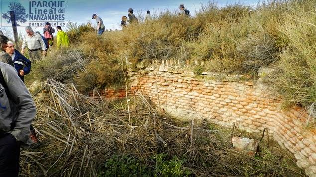 Restos visibles del puente de las Cambroneras