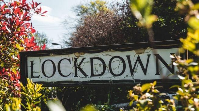Kasus Covid-19 Melonjak, Siti Fadilah: Kalau Lockdown Nanti Hancur Semua Kita