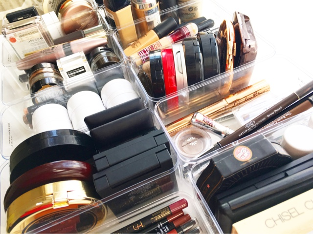 helpful tips for a more streamlined makeup collection