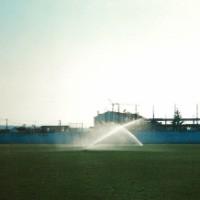 Rega de aspersão em campo de futebol (Bidoeira de Cima - Leiria)