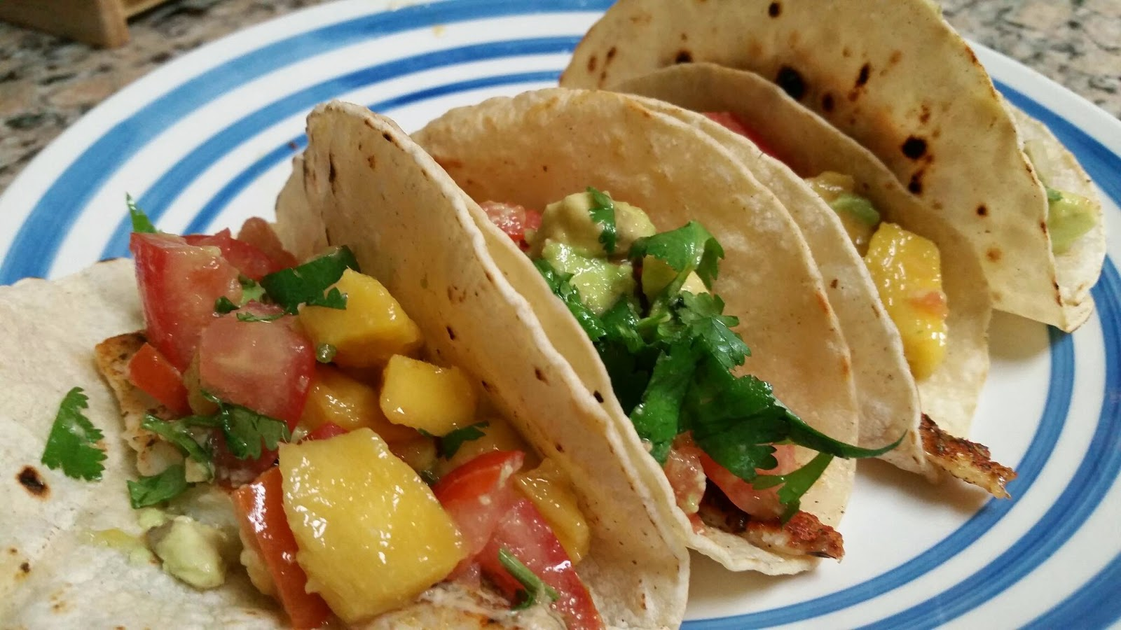 Health tidbits by stacie ellis fish tacos with mango salsa for Salsa for fish tacos