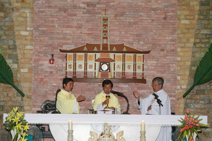 Thánh lễ tạ ơn của hai tân linh mục Fx. Trần Phan Thái Bình và Phêrô Trần Lê Thanh Tùng tại Giáo xứ Phước Hải