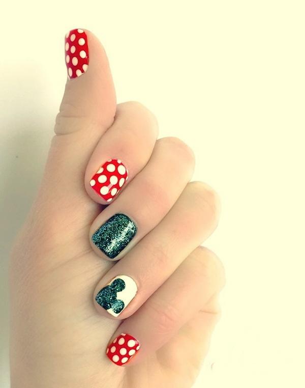 Simple Disney Princess Nail Art - NailArts Ideas