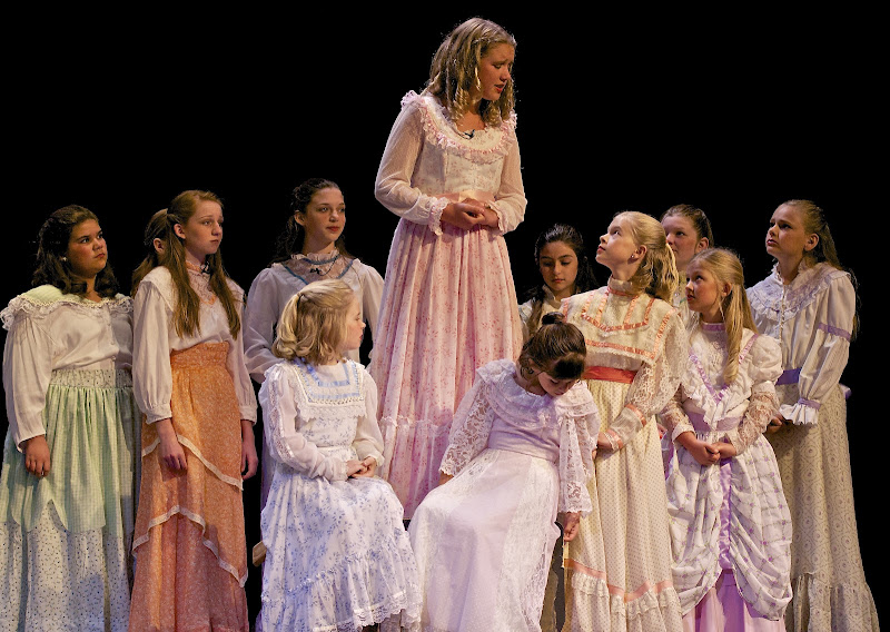 2012PiratesofPenzance - _DSC1149%2B-%2B2012-04-14%2Bat%2B10-07-38.jpg